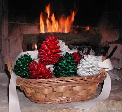 This basket is filled with 8 wax-dipped cinnamon-scented fire starting cones for your fireplace or woodstove. This hearth basket is white birch