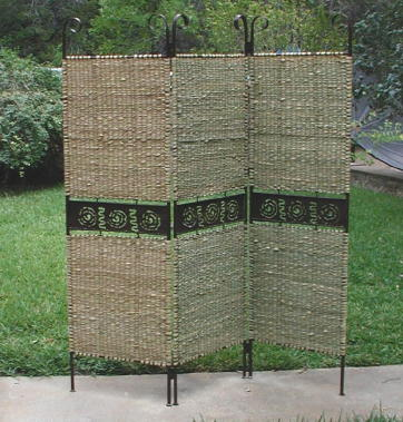 free standing outdoor privacy screen